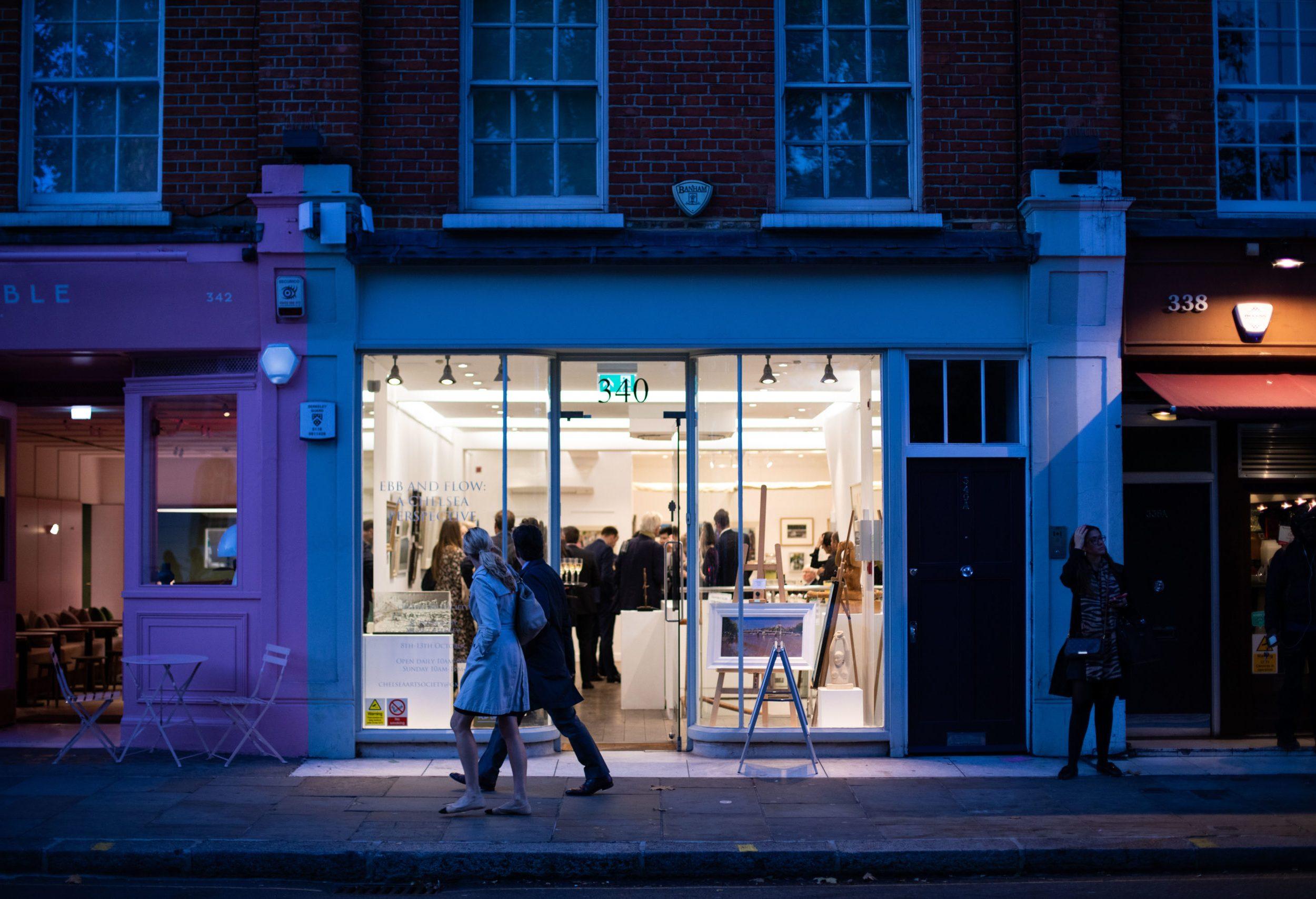 Art gallery at night at 340 King's Road